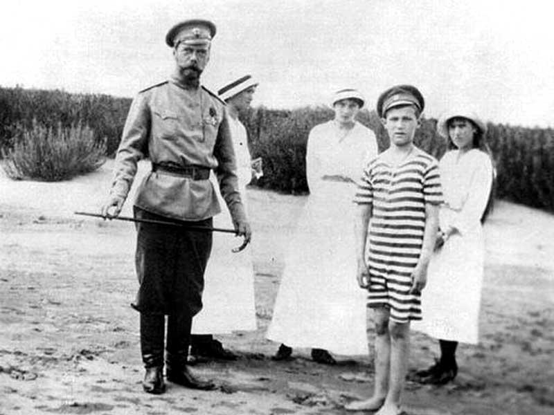 Сколько денег было у Романовых?