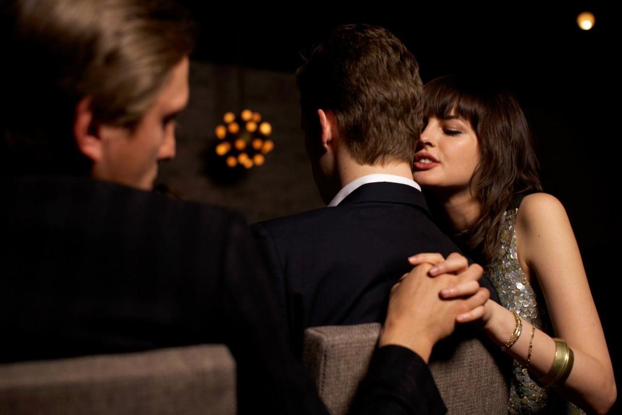 Мой муж мне изменяет.... Хочу подавать на развод....