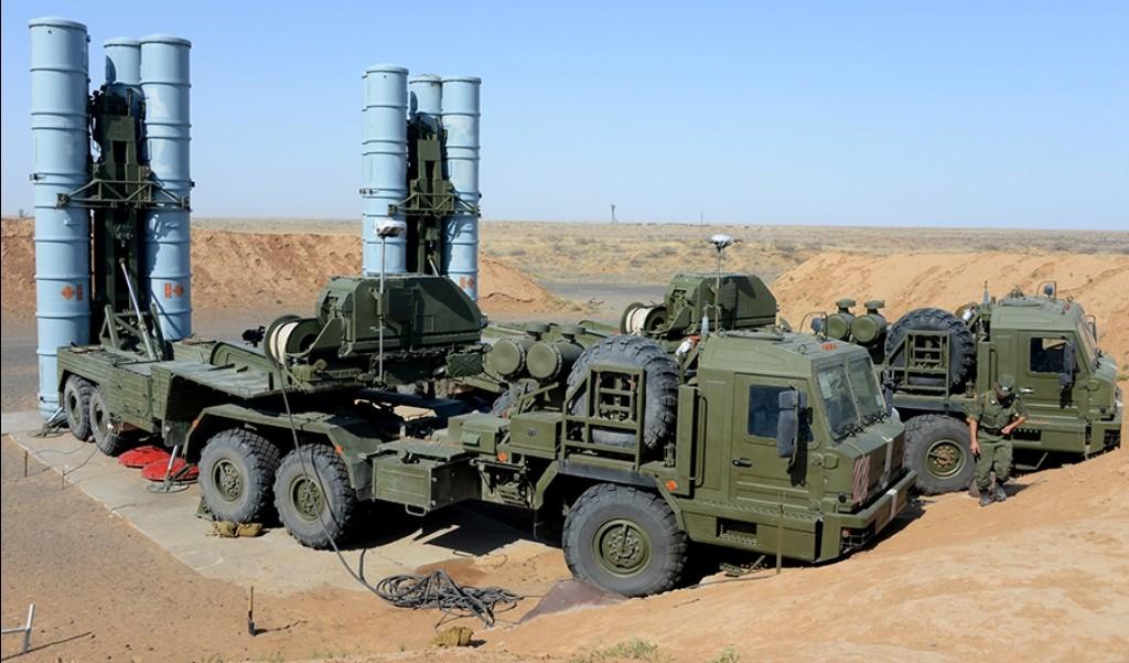 Развели, как лохов! Сирийские летчики подставили американских «Рапторов» прямо под российский С-400