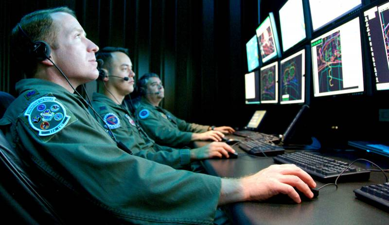 Запад объявил России цифровую войну