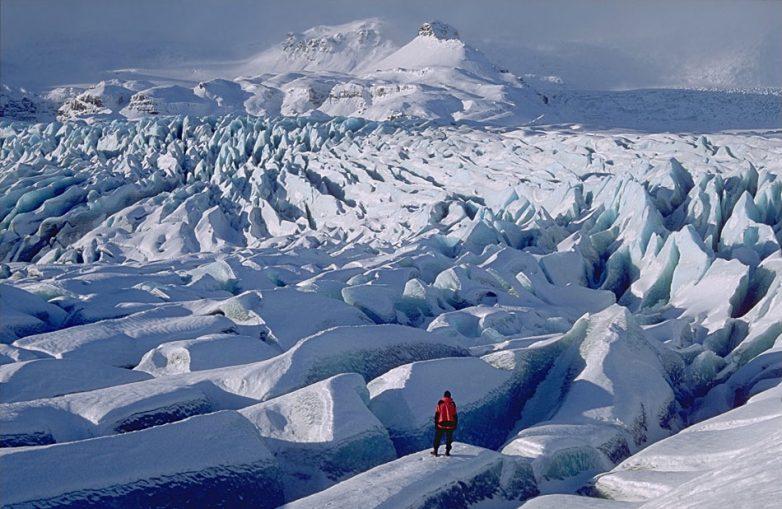 Прогулка по крупнейшему леднику Европы