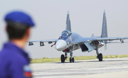 Турки нахваливают истребитель Су-35, но покупать не собираются способен, истребитель, Однако, пилот, истребителей, самолета, может, ракету, истребителя, российский, который, четвертого, против, поколения, после, самолет, очень, ОЛС35, кпротиворакетному, маневру