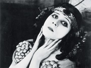 100 лет женственности - эталоны красоты минувшего века