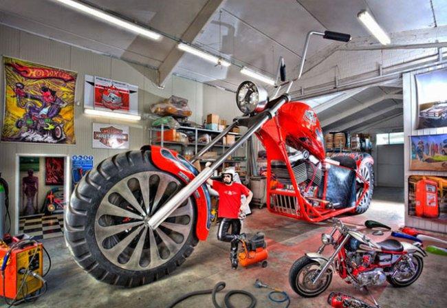Авто-факт: длина самого большого в мире мотоцикла более 10 метров Марки и модели,мототехника