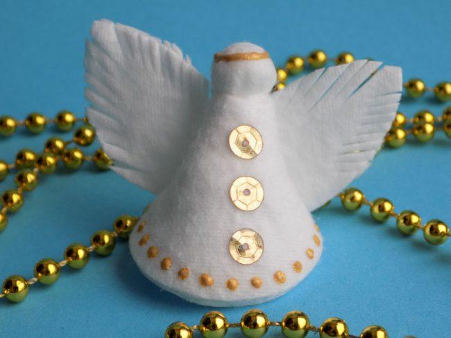 Как сделать ангелочка из ватных дисков