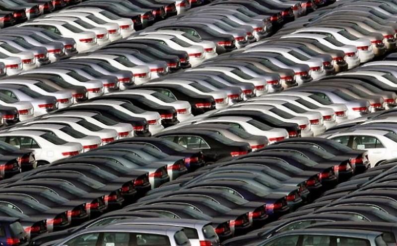 Тысячи автомобилей Honda, тщетно ожидающих покупателей, Токио. авто, факты
