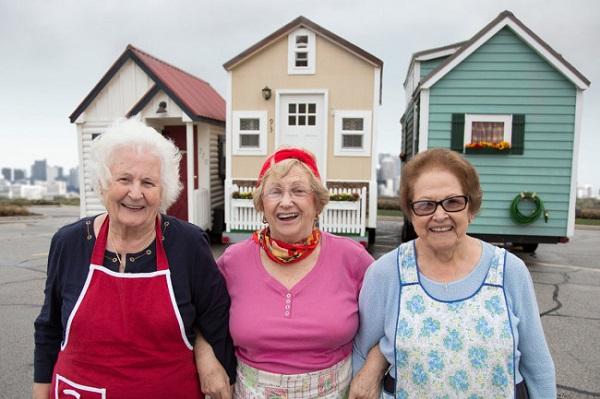С удобствами — история о 3 находчивых бабулях, уютно устроившихся на пенсии