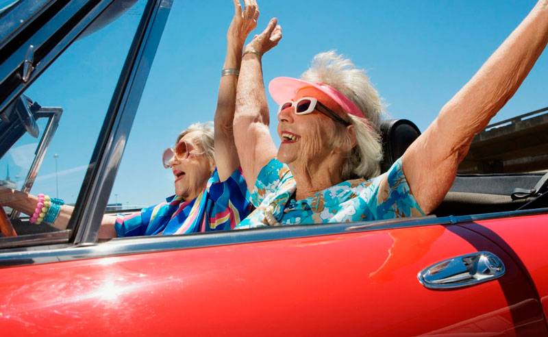 Анекдот про бабушек за рулем автомобили,юмор