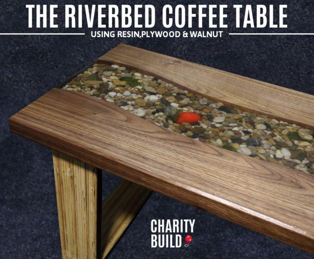 Интересный самодельный столик с ручьем посередине