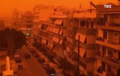Крит стал красном-оранжевым из-за африканской пыли