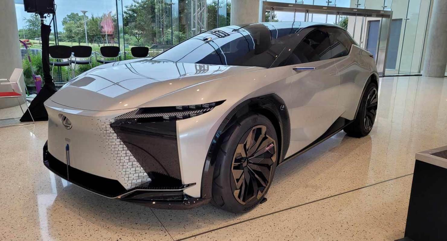 Компания Lexus выпустит серийную версию концепта Lexus LF-Z до конца следующего года Автомобили