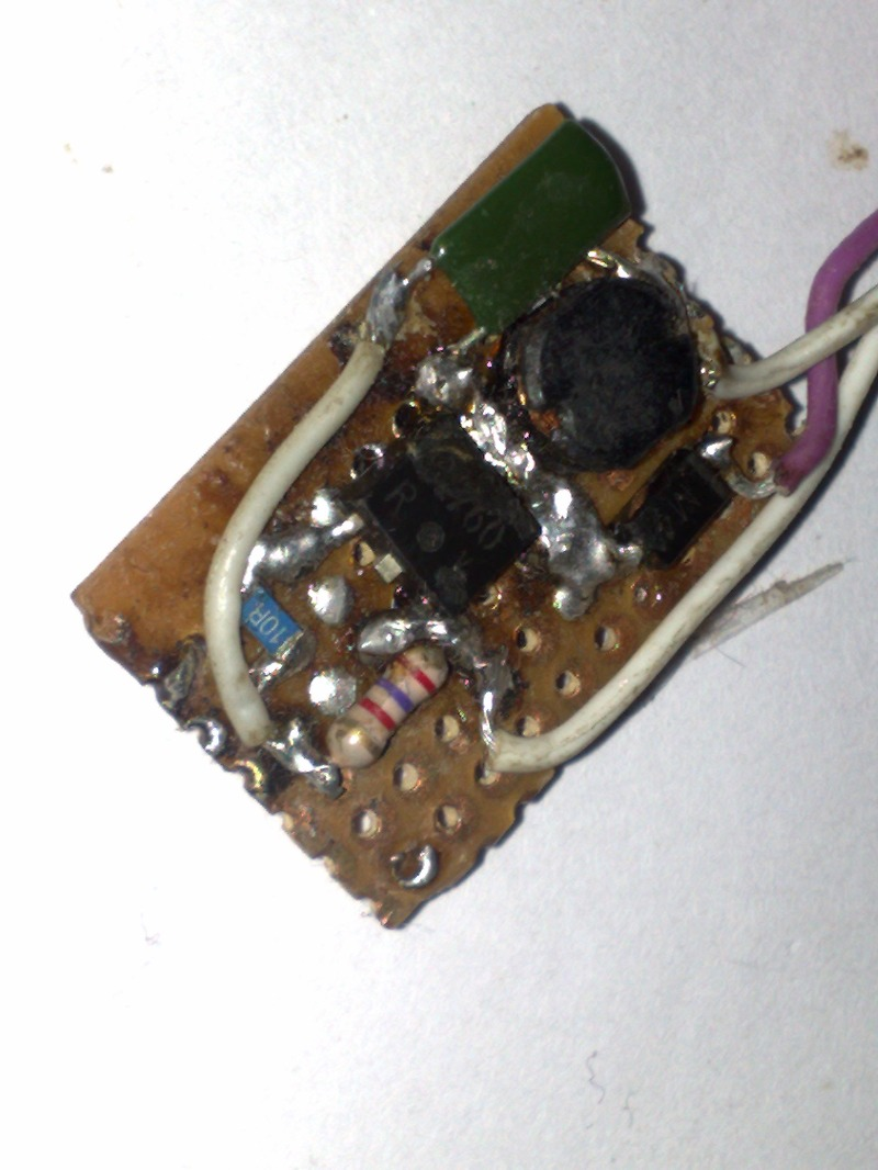Портативная зарядка для телефона от одной батарейки своими руками