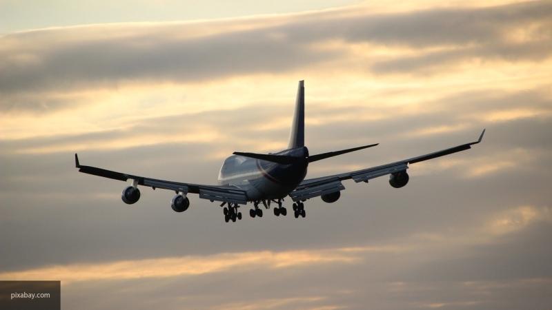 """""""Остановить рост цен втаких условиях невозможно"""": гендиректор авиакомпании рассказал о предложении избавить перевозчиков от лишних сборов"""
