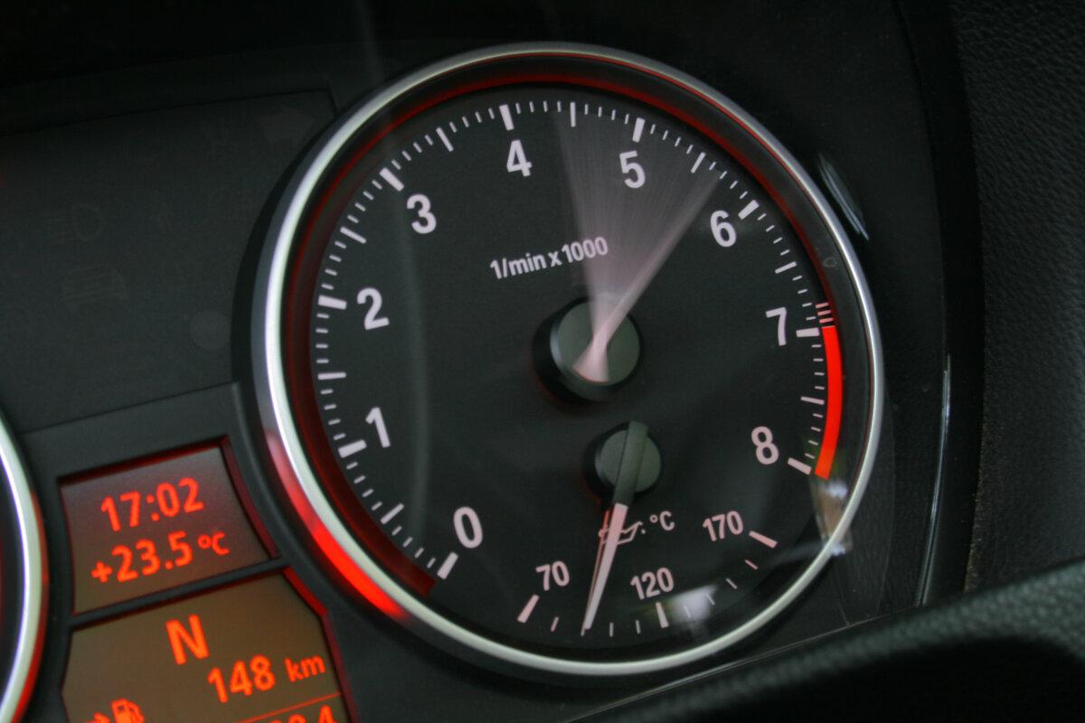 Как скорость машины влияет на состояние двигателя
