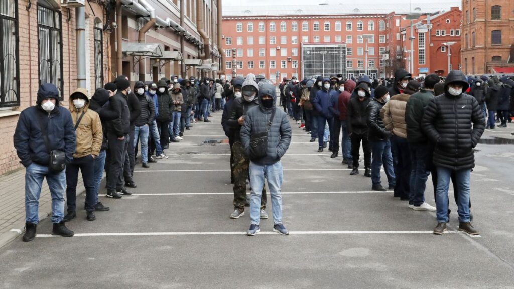 В России ввели новые ограничения для трудовых мигрантов Мигранты,Работа,Россия,Экономика,Россия
