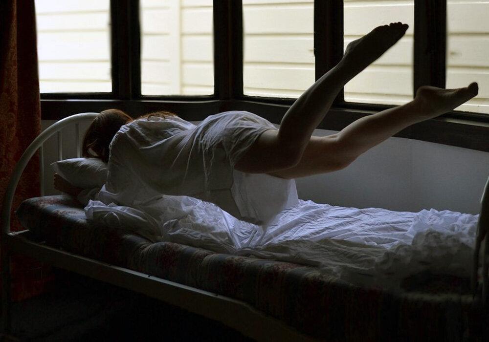 Видеть падать с кровати во сне значит: