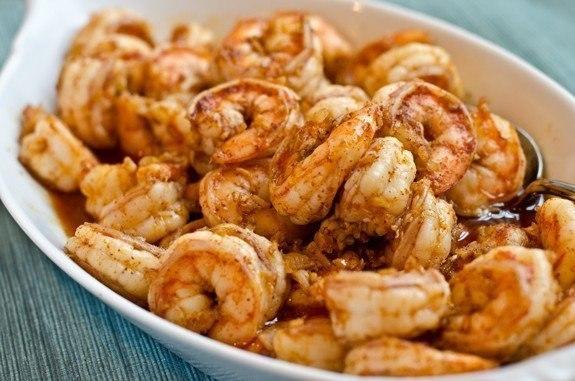 Удиви своими кулинарными талантами: Креветки в маринаде из чеснока, имбиря и чили