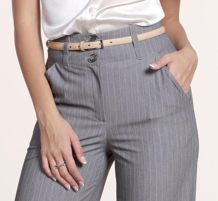 Готовые карманы на сшитых своими руками женских брюках, пример 2