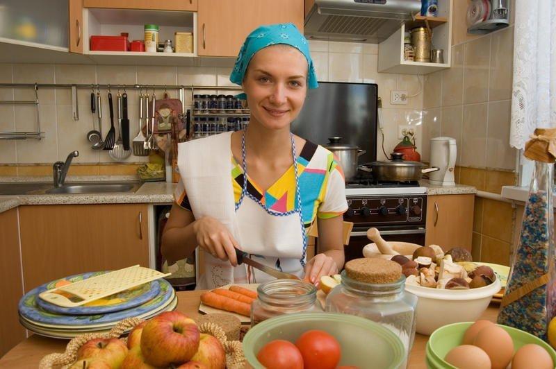 Русские женщины успевают и работать, и заниматься семьей Eurasisches Маgazin, ynews, девушки, журналистика, русские женщины, сми