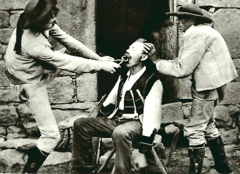 Уличный французский дантист. Весь Мир в объективе, ретро, старые фото