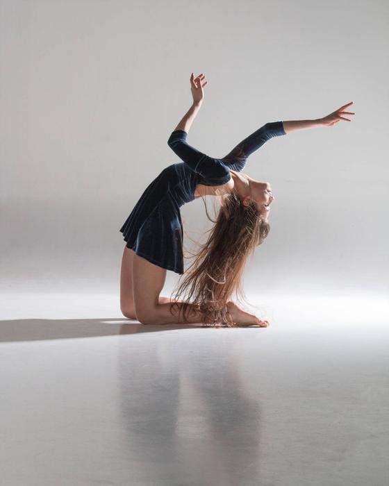 аренда товаров фото душа танцует связано