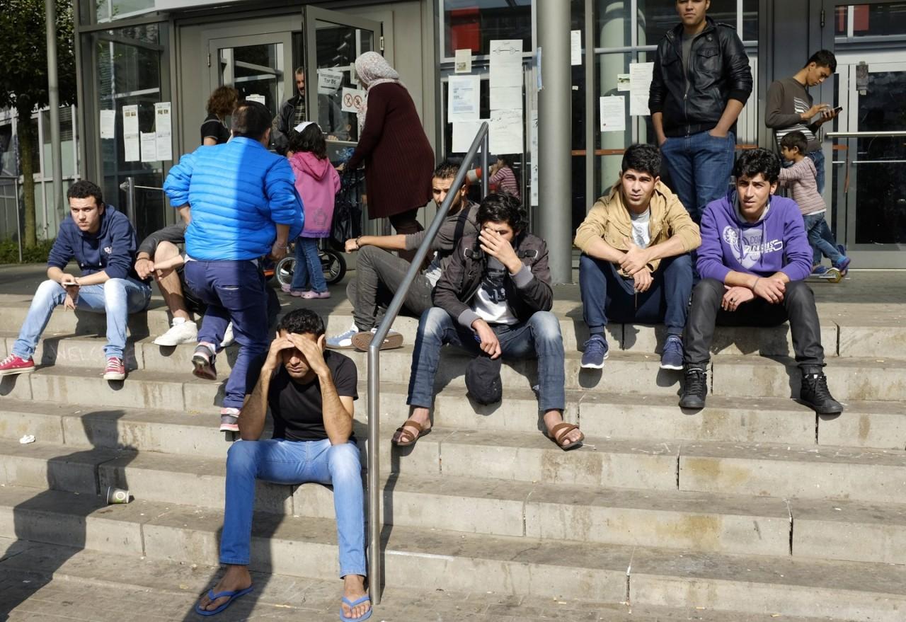 Меркель призвала ускорить депортацию граждан Туниса из Германии