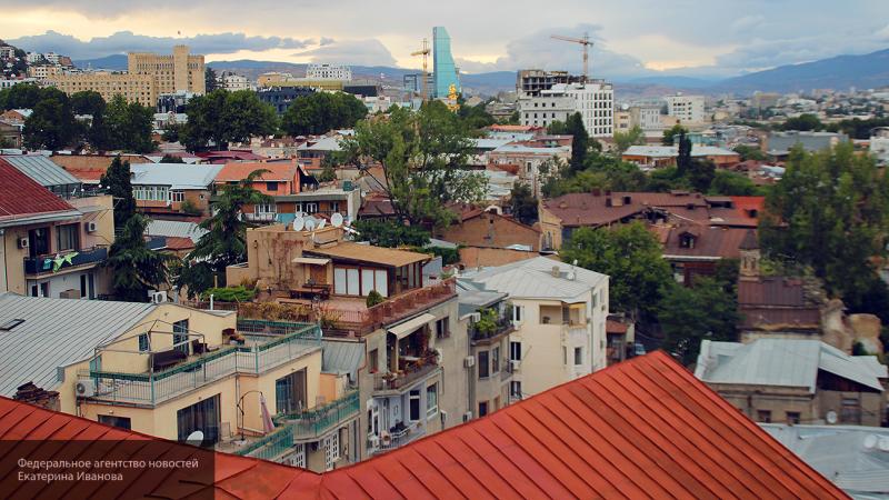 В Тбилиси при взрыве газа по…