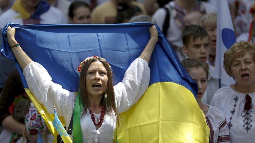 Мэр Львова считает, что у украинцев украли страну
