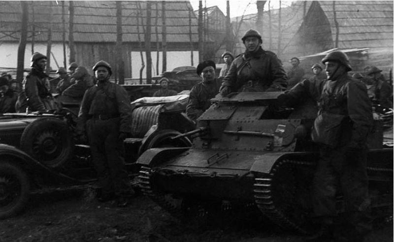 Война. Польша, история, униформа