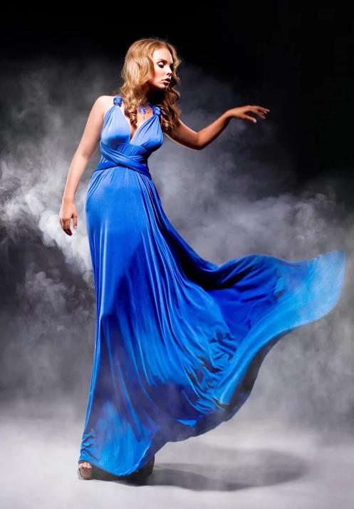 красотки в синих длинных платьях фото
