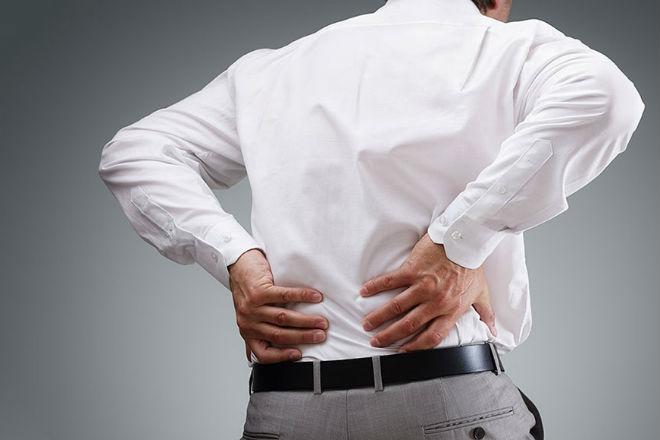 Избавляемся от боли в пояснице с помощью простого упражнения: видео
