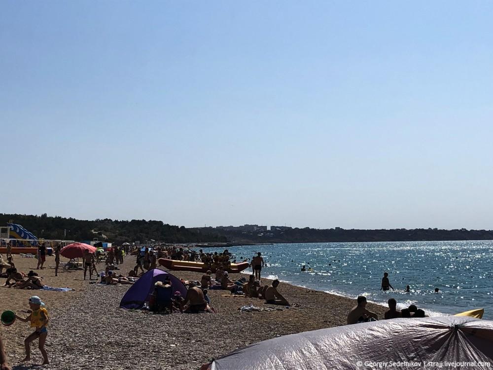 Как всегда нет людей на пляжах Крыма