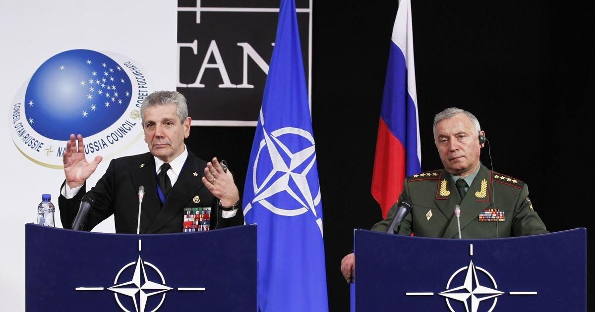 НАТО пытается давить на Росс…