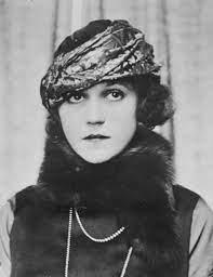 Колоритная актриса из Старого Голливуда Джейн Дарвелл