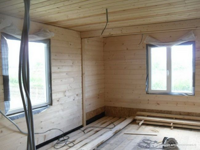 «Экстремальная стройка» или Как построить дом за 2 недели своими руками