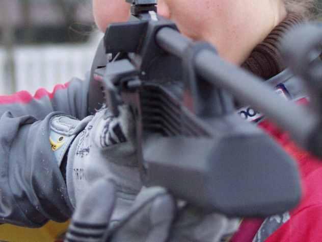 В Чебоксарах подросток устроил стрельбу с балкона из винтовки