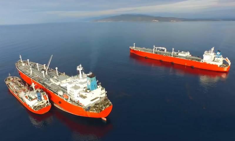 Пока американцы ругают «грязный российский газ», русская нефть «заливает» рынок США