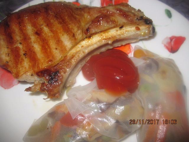 Рисовые  Роллы с овощами и котлетой на косточке