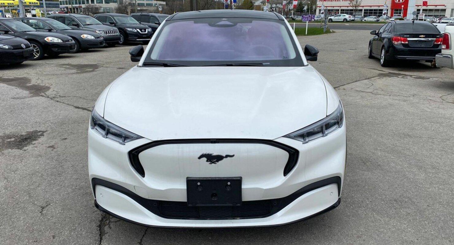 Электрические кроссоверы Ford Mustang Mach-E появились в России Автомобили