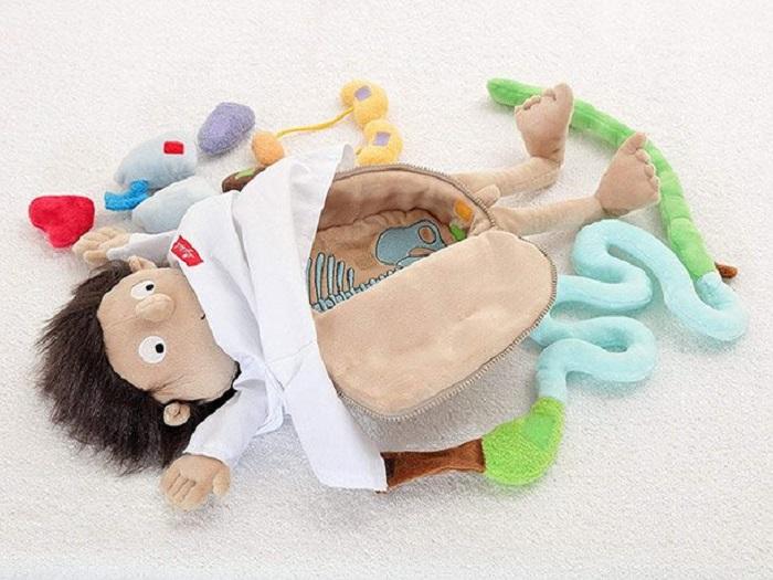 Странные и нелепые игрушки, которые могут удивить не только детей