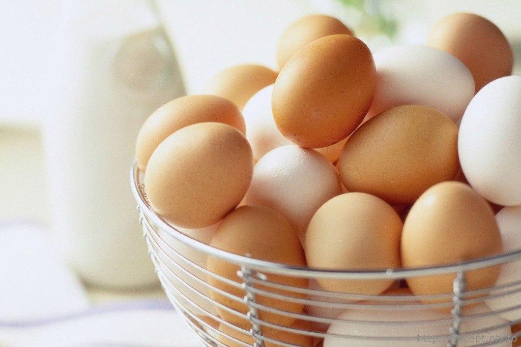 Если вы заболели - откройте холодильник. Куриное яйцо вам поможет!