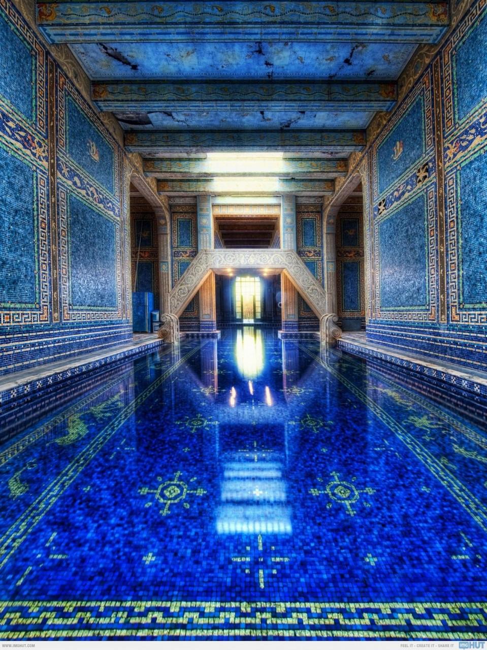 США: Замок Херста