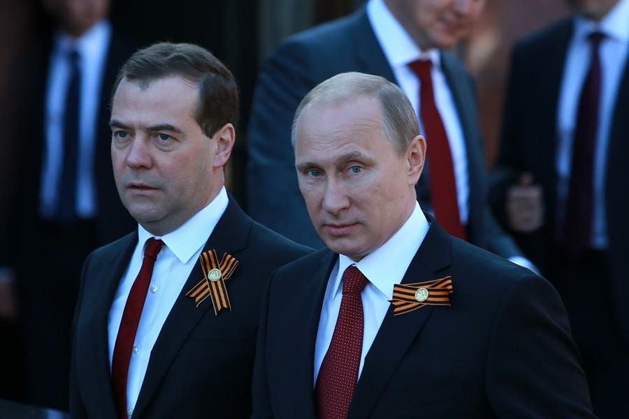 Медведев: Путин и его команда смогли с 2000 г. построить в РФ качественно иную экономику