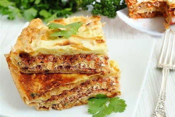 Мясной пирог из тонкого армянского лаваша