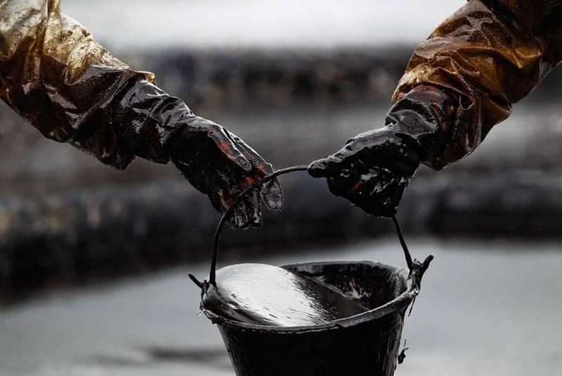 Обвал цен на нефть бьет рекорды