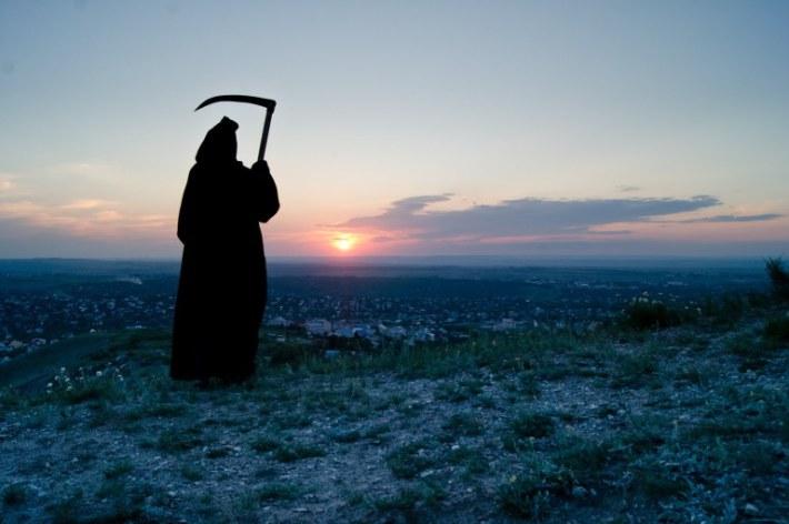 История О Том, Как Смерть Попросила Кузнеца Поправить Косу