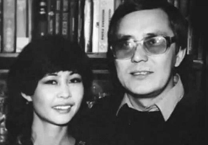 Роза Рымбаева и Таскын Окапов: Такое большое и такое хрупкое счастье