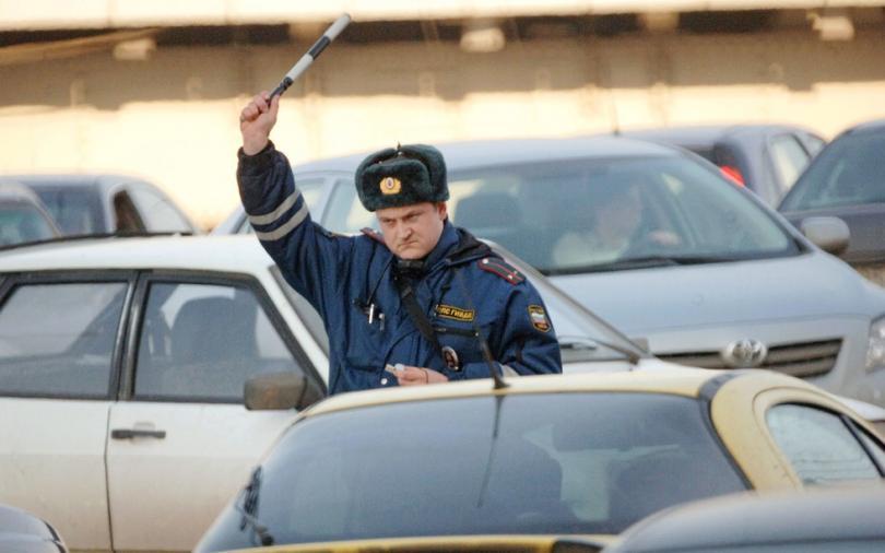 Инспекторы Минтранса хотят останавливать и досматривать автомобили