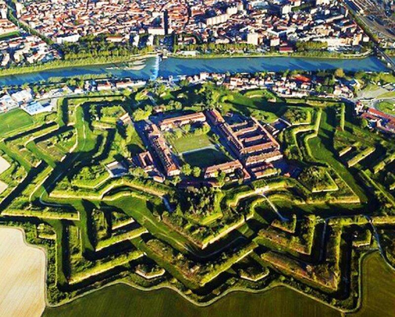 """А затем их просто сплагиатили и """"растащили"""" по всему миру артиллерия, бастионы, звездчатые крепости, интересное, исторические факты, сооружения, фортификация"""