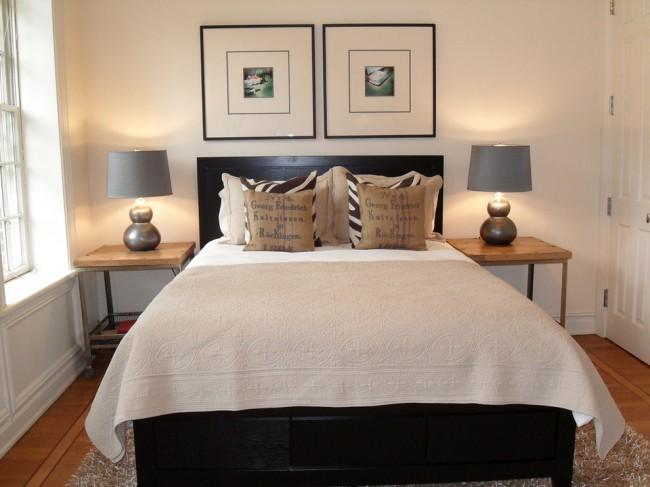 В дизайне небольшой спальной комнаты можно использовать молдинги, но лучше чтобы они были того же цвета что и основная поверхность